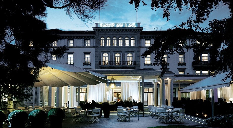 Classic five star hotel in zurich near train station for Nearest 5 star hotel
