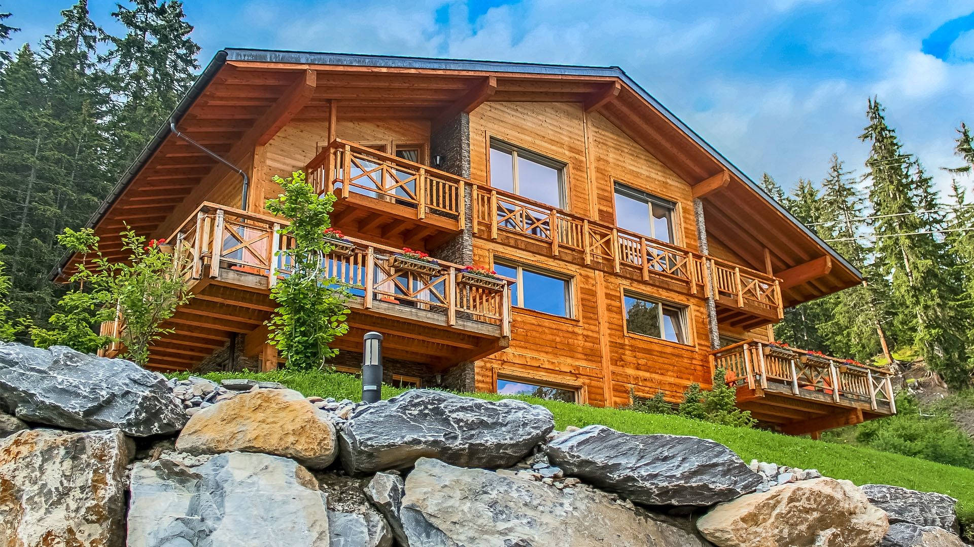 Ski-in ski-out apartment rental in Crans Montana with spa and jacuzzi