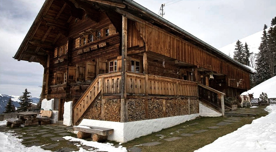 Traditional Swiss Chalet For Rent In Lenk With Large Terrace
