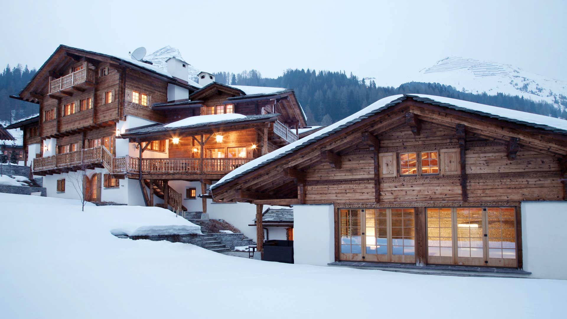 Private luxury chalet in davos klosters with ski in ski for Chalet homes