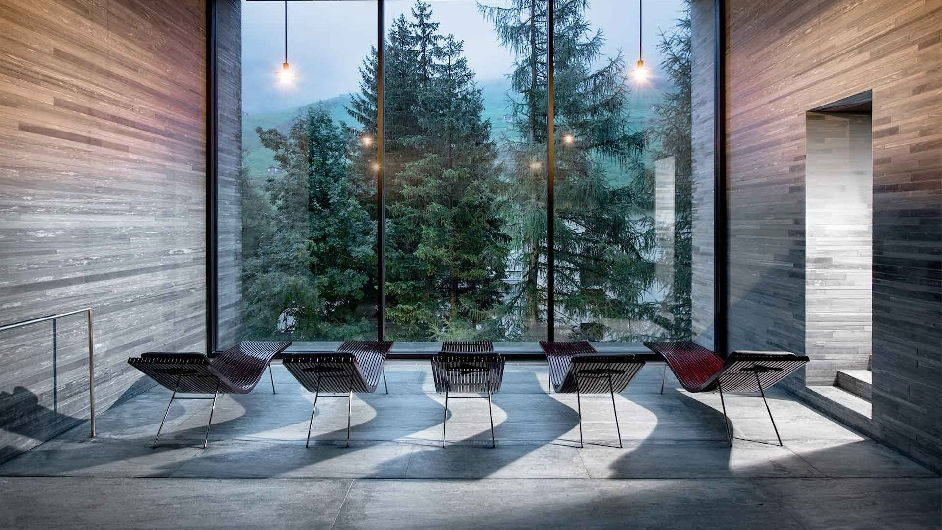 Luxury wellness hotel in vals with thermal spa 7132 hotel for Hotel design grisons