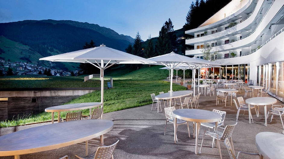 Luxury wellness hotel in vals with thermal spa 7132 hotel for Design hotel vals