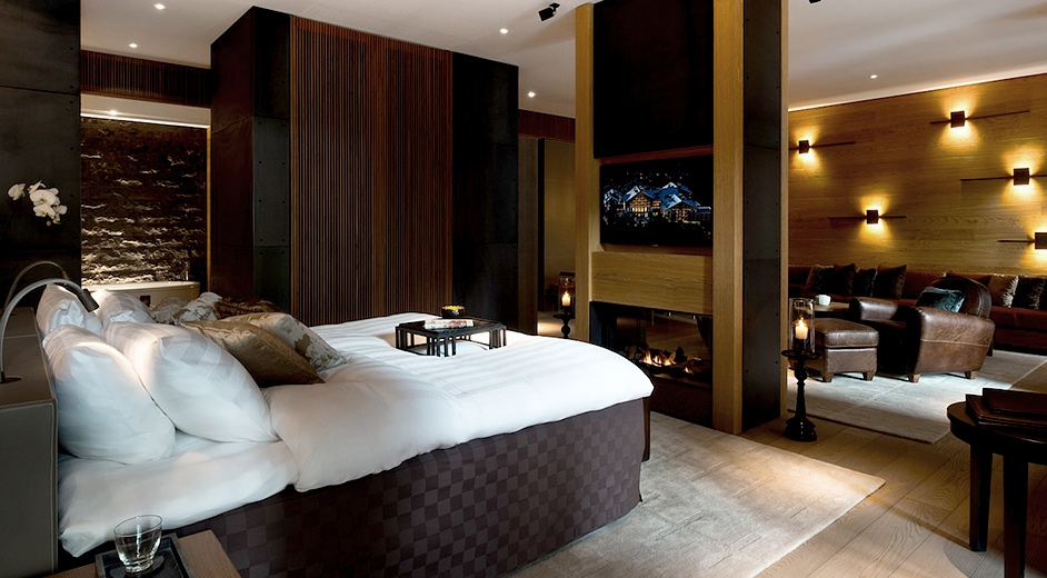 Exclusive 5 star design hotel in andermatt near ski lifts for Modern luxury hotels uk