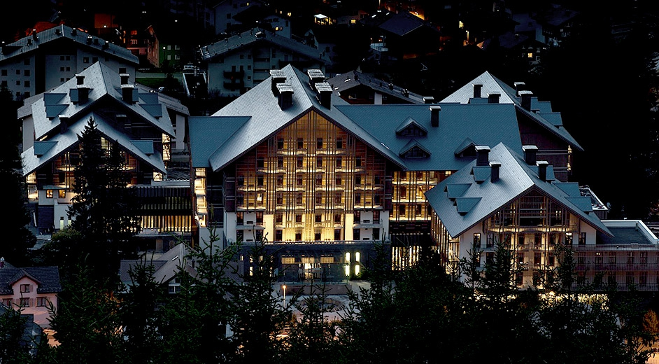 5 star spa hotel in the swiss alps with pool the chedi for Nearest 5 star hotel