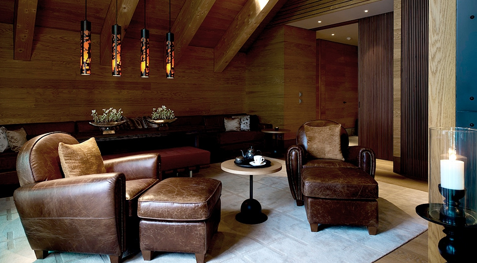 Exclusive 5 star design hotel in andermatt near ski lifts for Hotel design schweiz