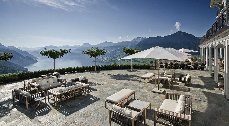 5 star hotel in the swiss alps overlooking lake lucerne. Black Bedroom Furniture Sets. Home Design Ideas