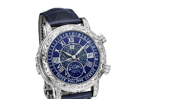 Patek philippe watches the new sky moon tourbillon 6002 for Patek philippe tourbillon
